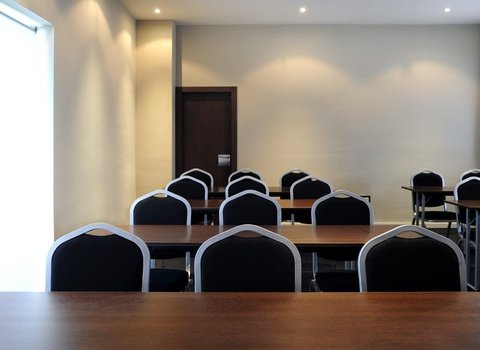 Soundproofed conference room with natural light
