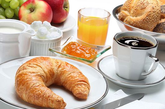 Start the day enjoying the continental breakfast of the hotel ...